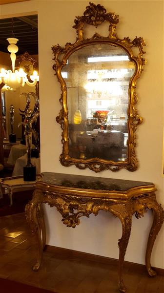 Golden console with mirror