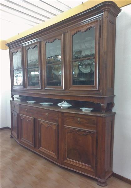 Slanted sideboard with glass door and plate rack