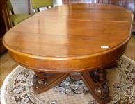 Italian table, oval, extendable